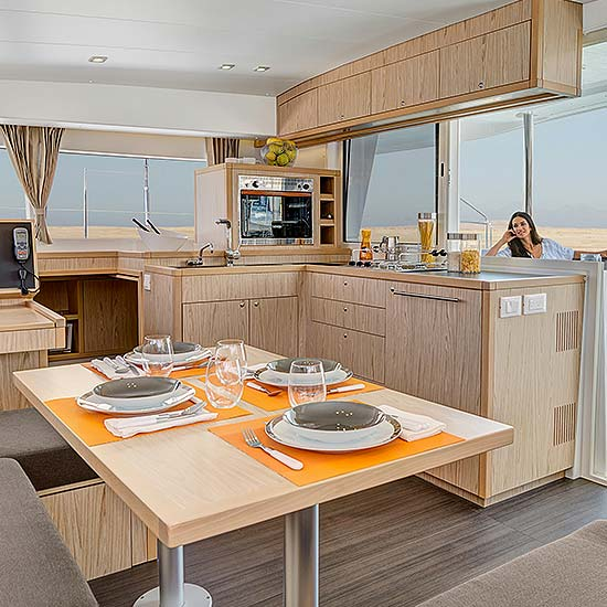gallery-charter-04