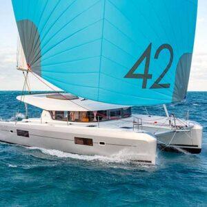 Catamarano Lagoon42